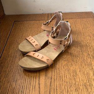 Tan size 3 girls dress sandals